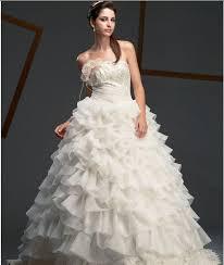 Bérelhető menyasszonyi ruha